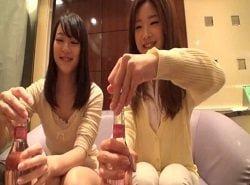 個人撮影しながらホテルでレズプレイする美女達の動画