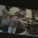 お芝居の控え室でレズビアンからオッパイを舐められる美少女